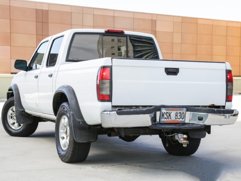Nissan 4WD Frontier Crewcab 2000 price $4,995