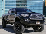 Toyota LIFTED 4WD Tacoma 2016