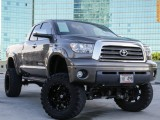 Toyota 4WD 9 inch lift limited Tundra Double Cab 2007