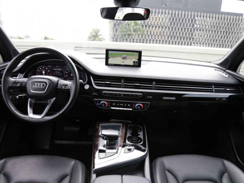 Audi Q7 Quattro Prestige Package 2017 price $42,995