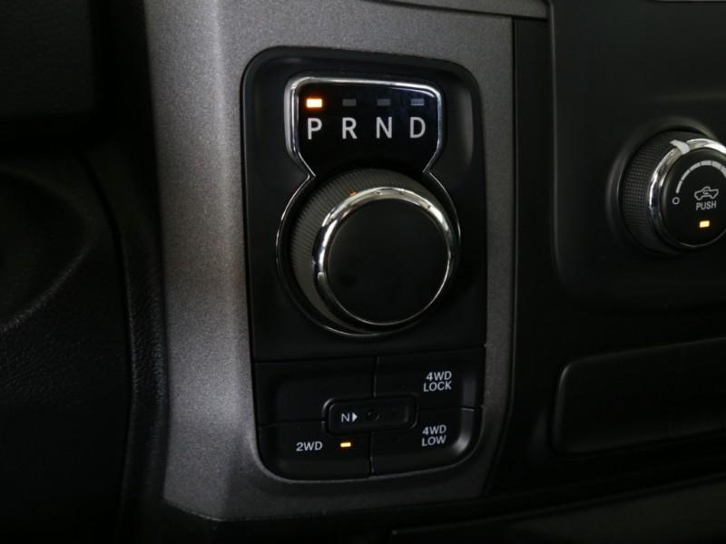 RAM Lifted 1500 4WD Quad Cab 2014 price $29,995