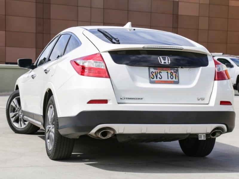 Honda Crosstour V6 EXL tech 2015 price $19,995