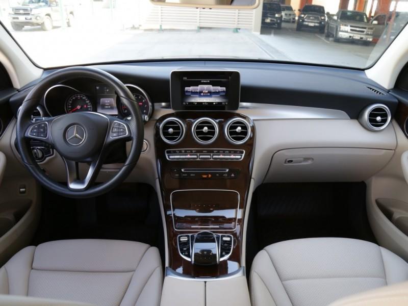 Mercedes-Benz GLC300 2016 price $29,995