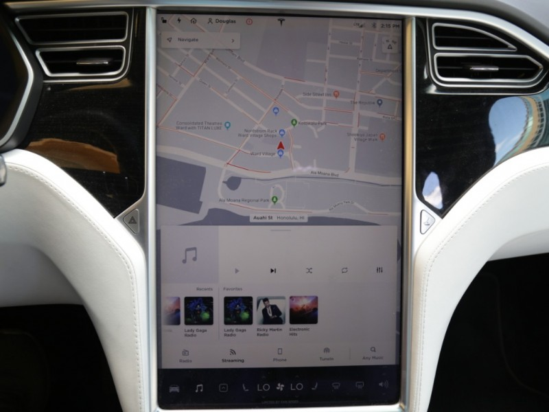 Tesla Model X 75D AWD 2016 price $69,995