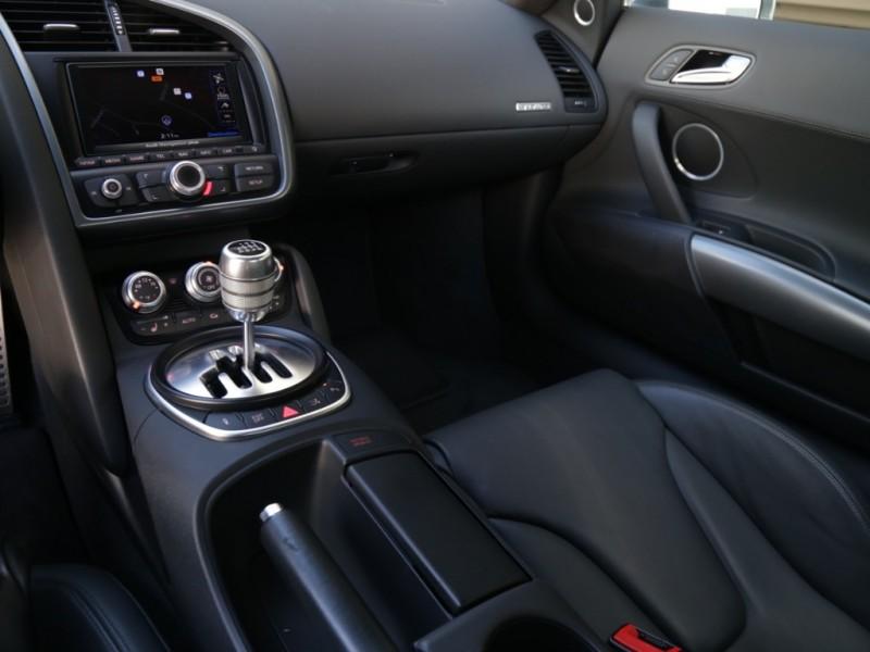 Audi R8 Quattro (Manual) 2010 price $79,995