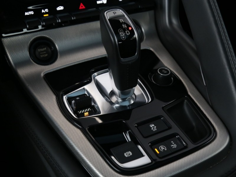 Jaguar F-TYPE 2016 price $44,995