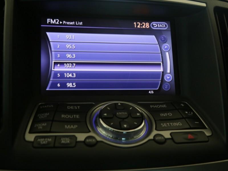 Infiniti G37 Journey 2013 price $14,995