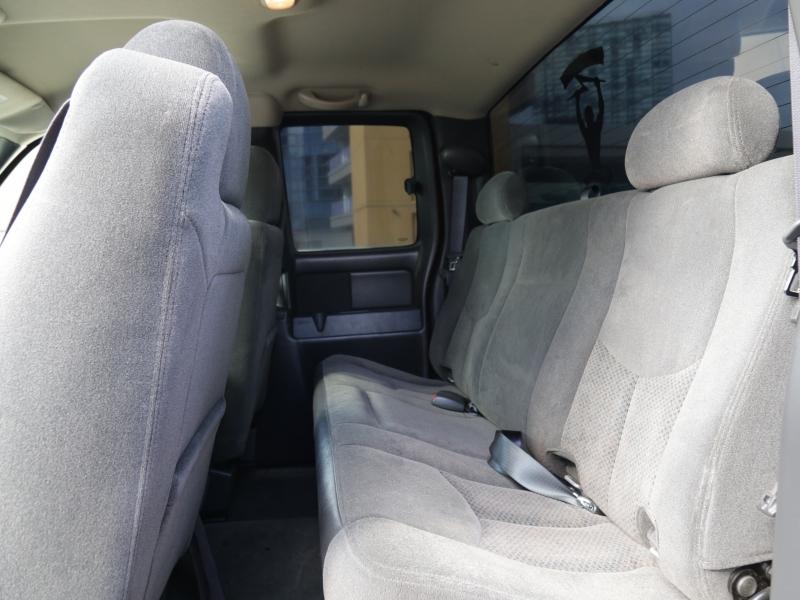 Chevrolet SILVERADO 2005 price $9,995