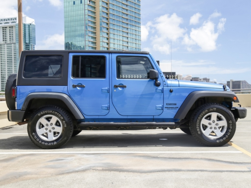 Jeep Wrangler 4WD Unlimited Sport 2015 price $26,995