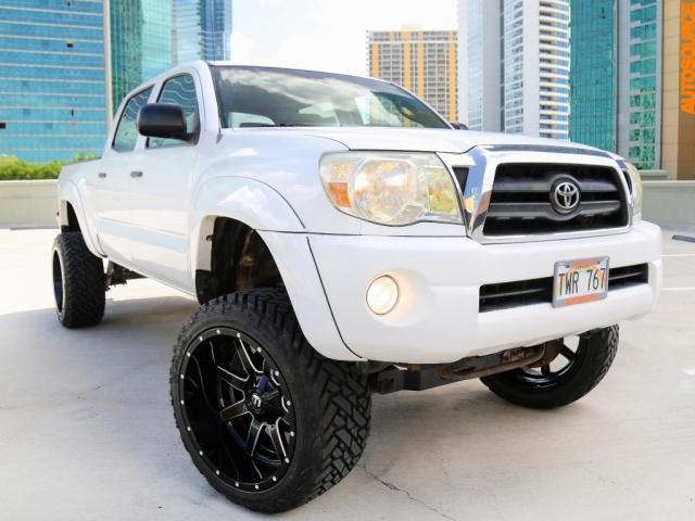 2006 Toyota Tacoma Lifted PreRunner