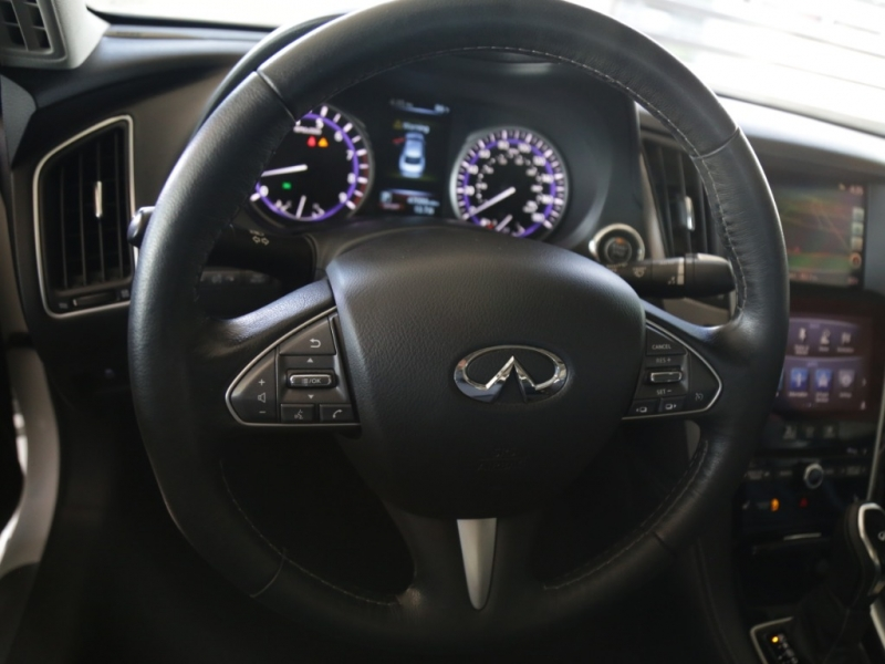 Infiniti Q50 V6 Twin Turbo Premium 2017 price $24,995