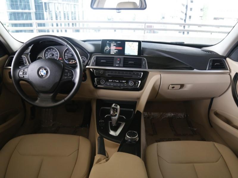 BMW 320i 2016 price $19,995