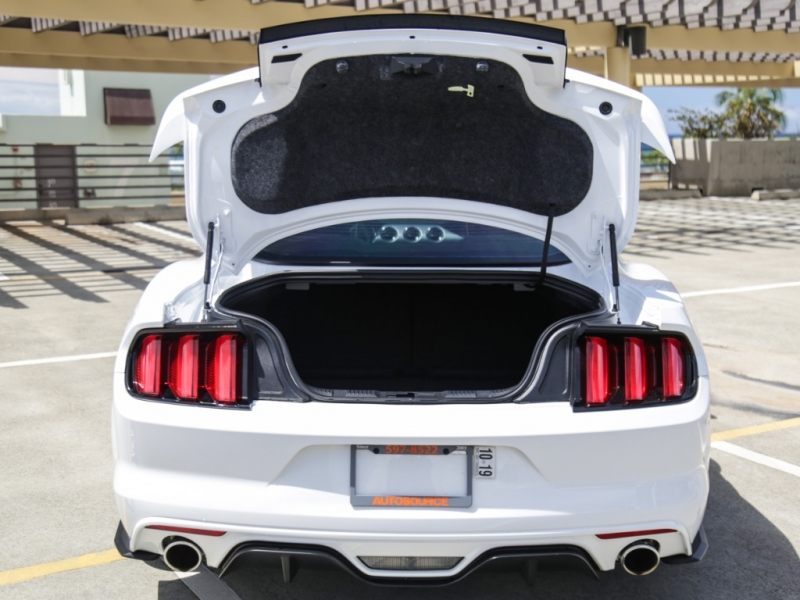 Ford Mustang GT 2017 price $34,995