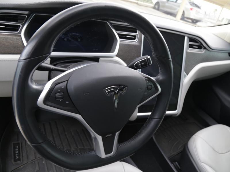 Tesla Model S60 2013 price $39,995