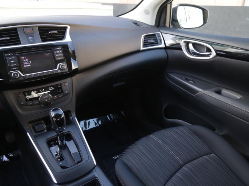 Nissan Sentra SV CVT 2018 price $16,995