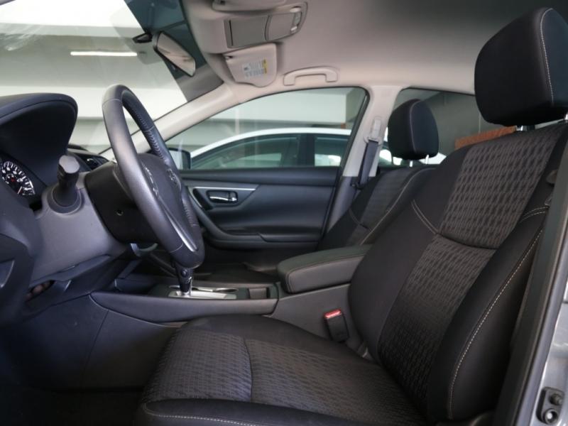 Nissan Altima SV 2016 price $17,995
