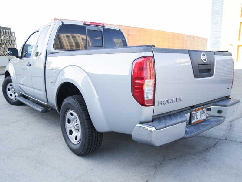 Nissan Frontier XE King Cab 2005 price $7,995