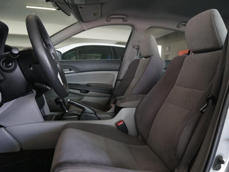Honda Accord LX 2009 price $9,995
