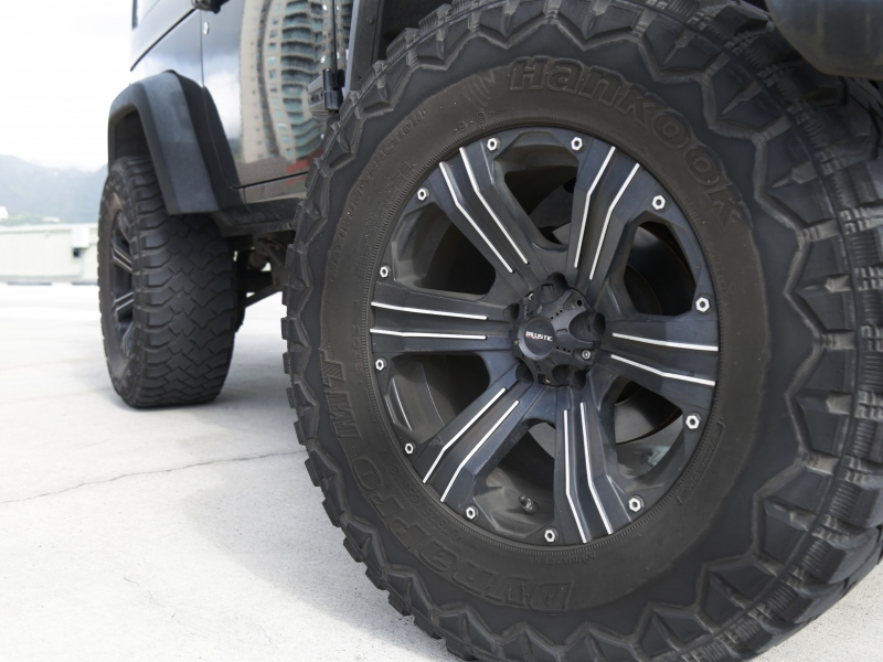 Jeep Wrangler lifted Sport 2012 price $23,995