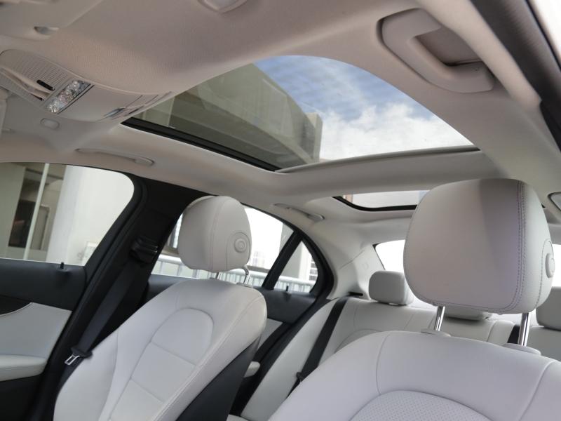 Mercedes-Benz C300 LUXURY 2016 price $22,995