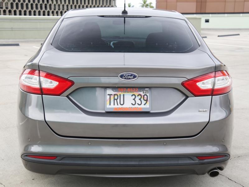 Ford Fusion SE 2013 price $9,995