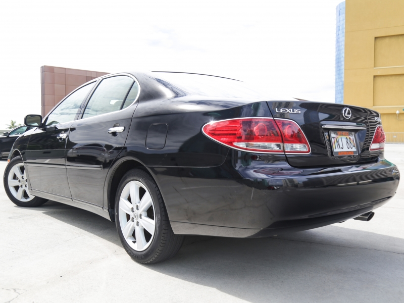 Lexus ES330 2005 price $2,995