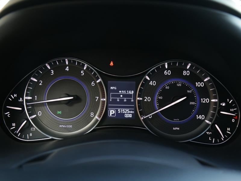 Infiniti QX80 2016 price $39,995