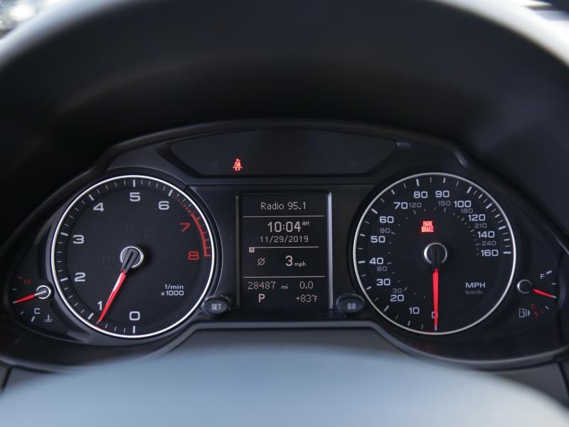 Audi Q5 Premium 2017 price $27,995
