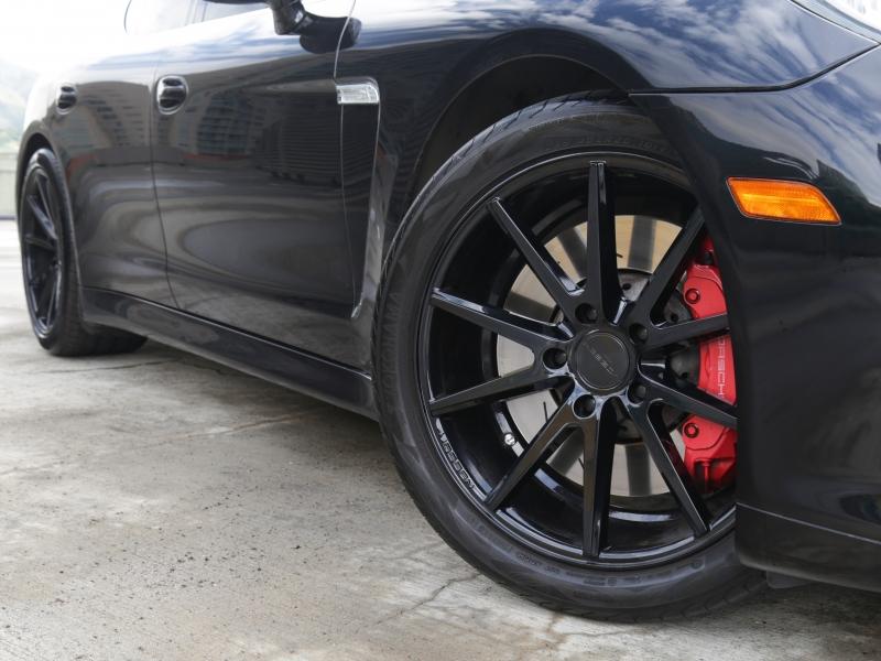 Porsche Panamera Turbo 2011 price $44,995