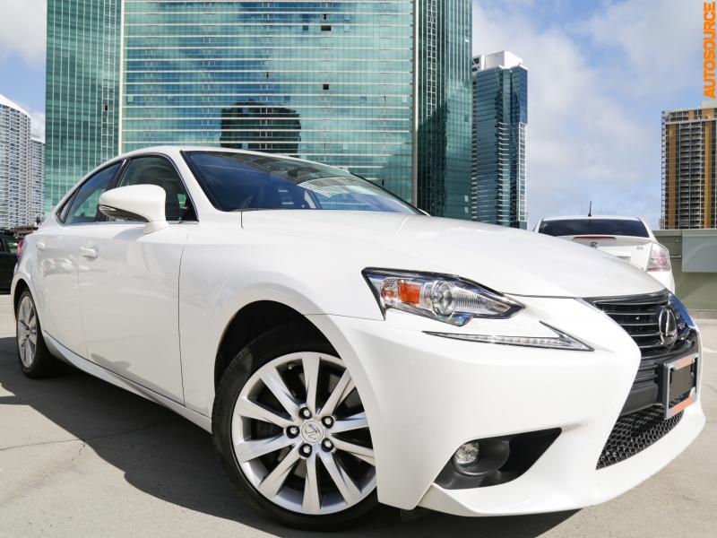 Lexus IS200t 2016 price $26,995