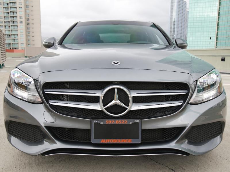 Mercedes-Benz C300 Luxury 2018 price $29,995