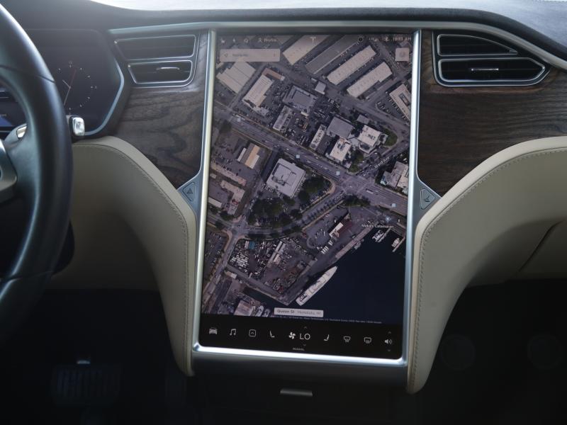 Tesla Model X 90D 2017 price $79,995