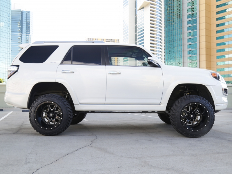 Toyota 4Runner Limited 2019 price $54,995