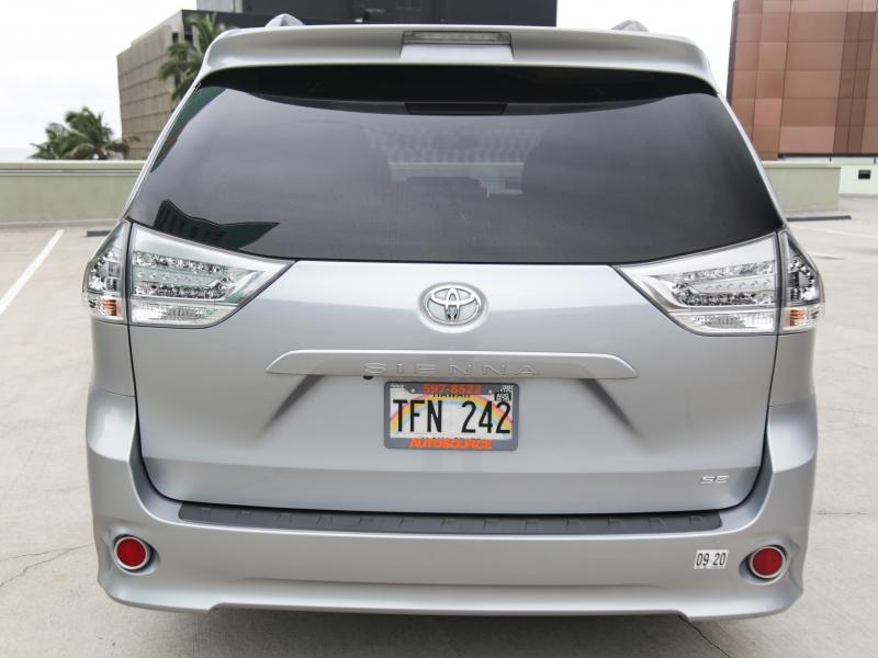 Toyota Sienna SE PREMIUM 2016 price $32,995