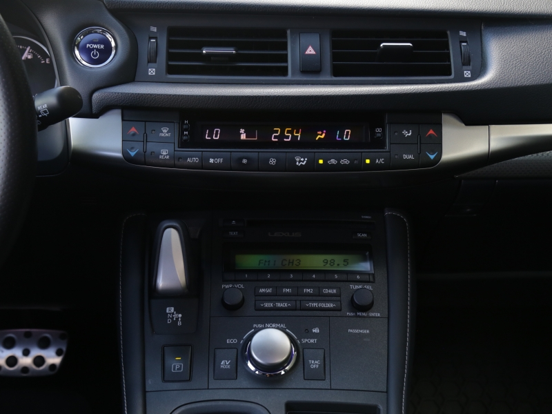 Lexus CT 200h Hybrid F-Sport 2015 price $24,995