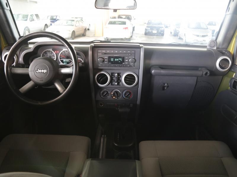 Jeep Wrangler 4WD Unlimited Sahara 2008 price $17,995