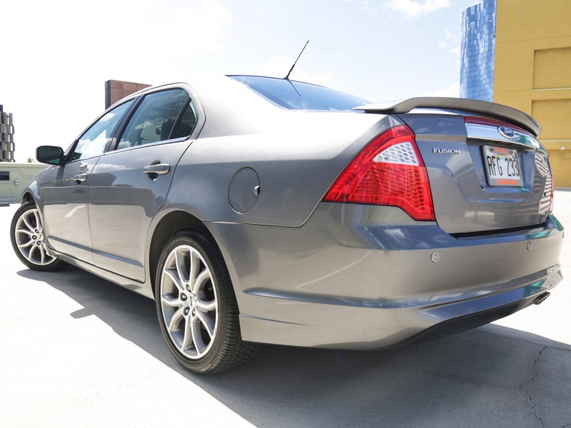 Ford Fusion SEL 2010 price $11,995
