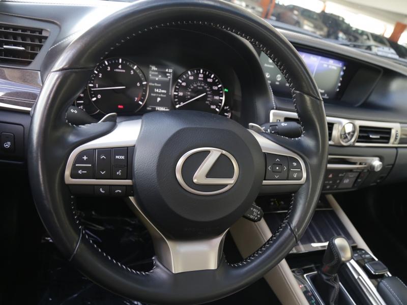 Lexus GS350 2016 price $39,995