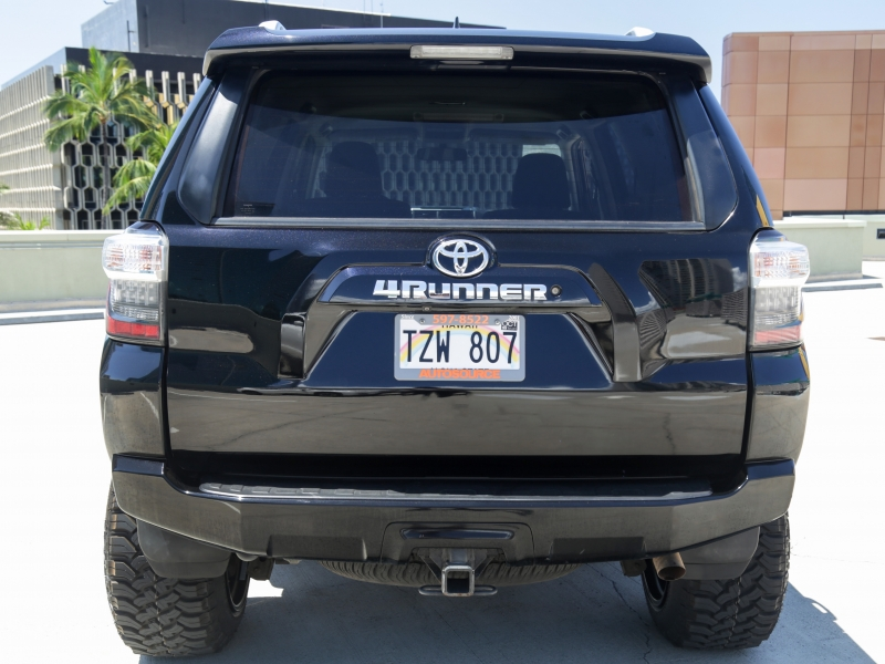 Toyota 4Runner lifted 6in 3rd row 2016 price $39,995
