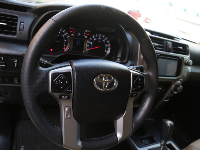 Toyota 4Runner Lifted 6in 3rd Row 2016 price $42,995