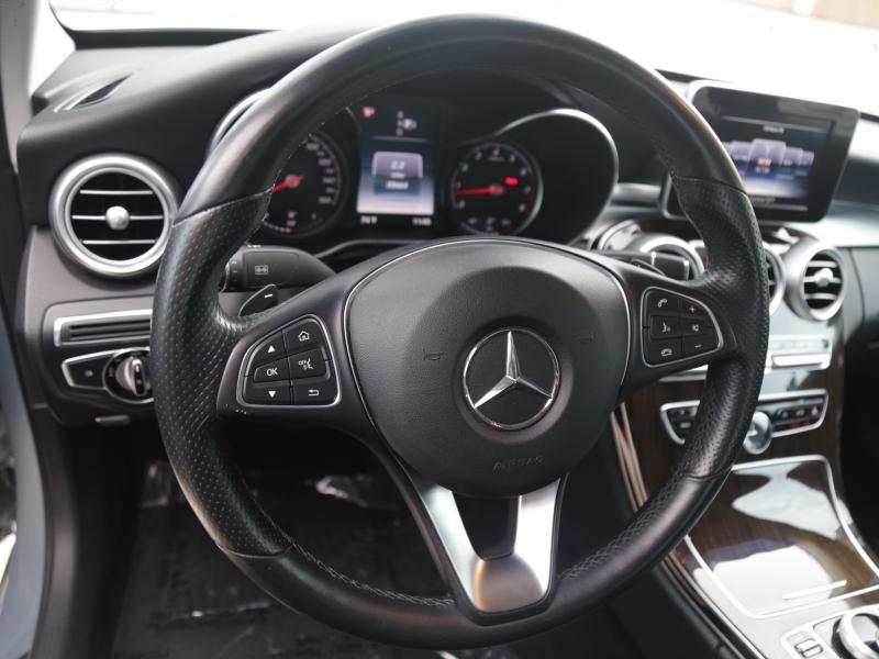 Mercedes-Benz C300 Luxury 2015 price $21,995