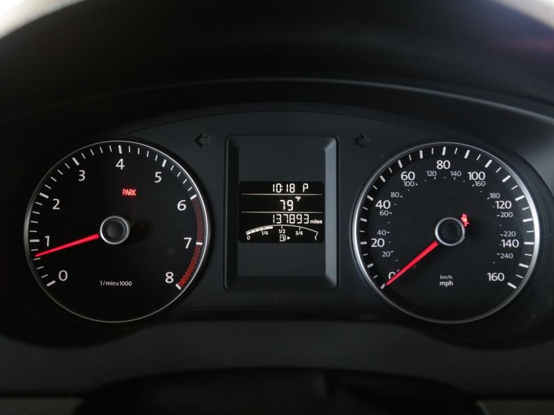 Volkswagen Jetta SE 2013 price $7,995