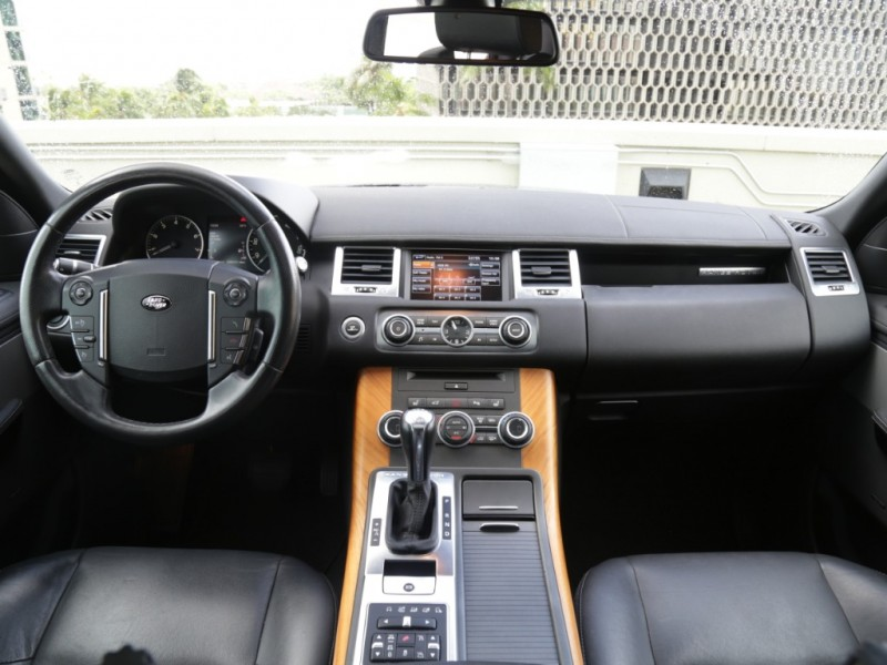 Land Rover Range Rover Sport HSE 2013 price $29,995