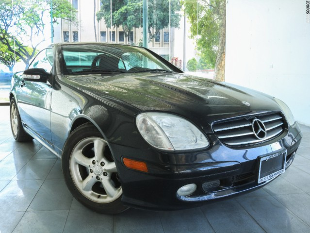 2003 Mercedes-Benz SLK320 Roadster