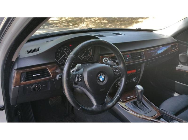 BMW 3 Series 2007 price $12,999
