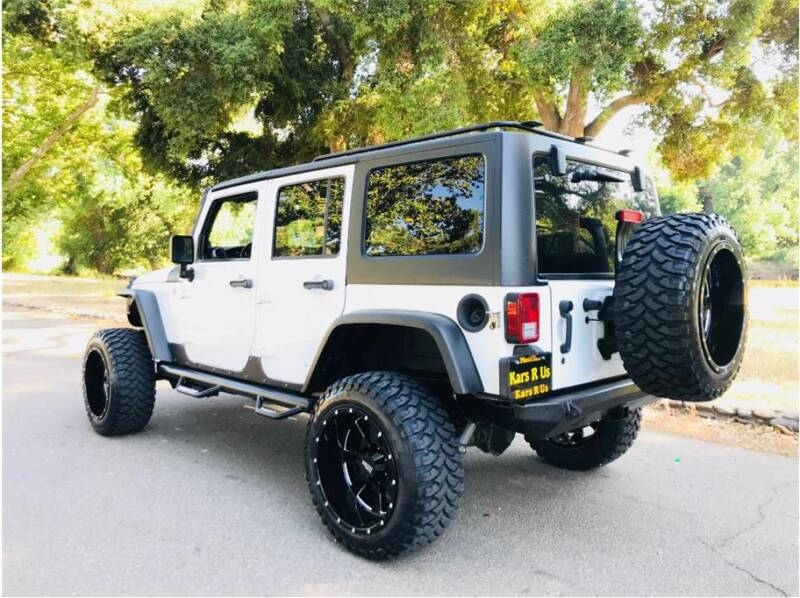 Jeep Wrangler Unlimited 2013 price $27,999