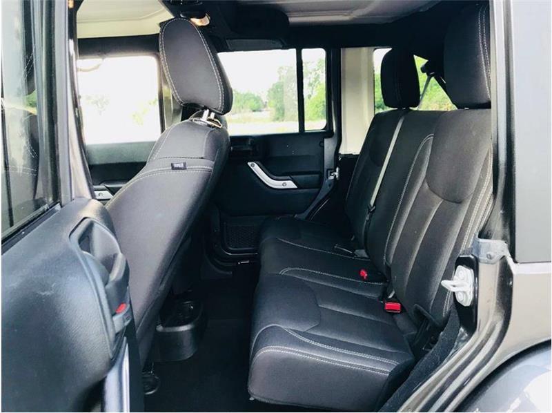 Jeep Wrangler Unlimited 2017 price $36,999