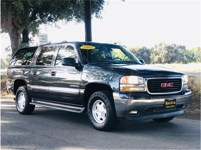 GMC Yukon XL 2005 price $7,999