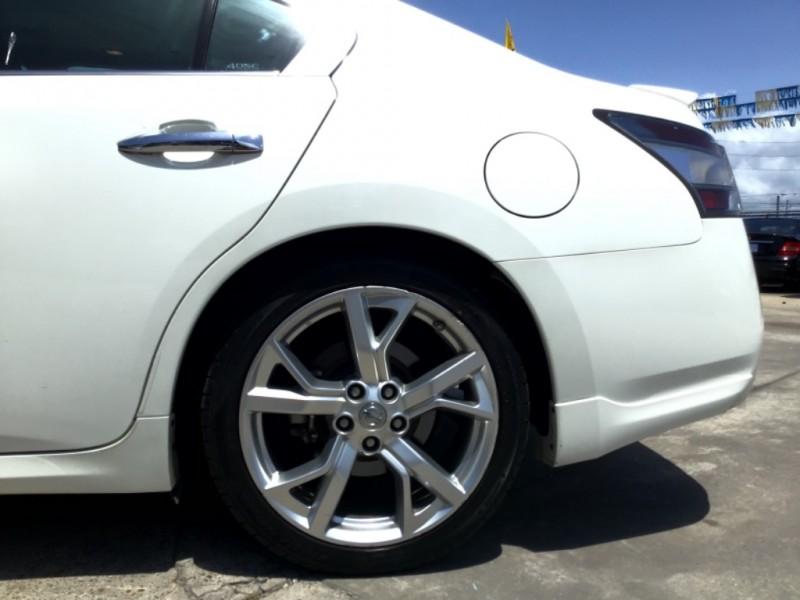 Nissan Maxima 2012 price $2,000 Down