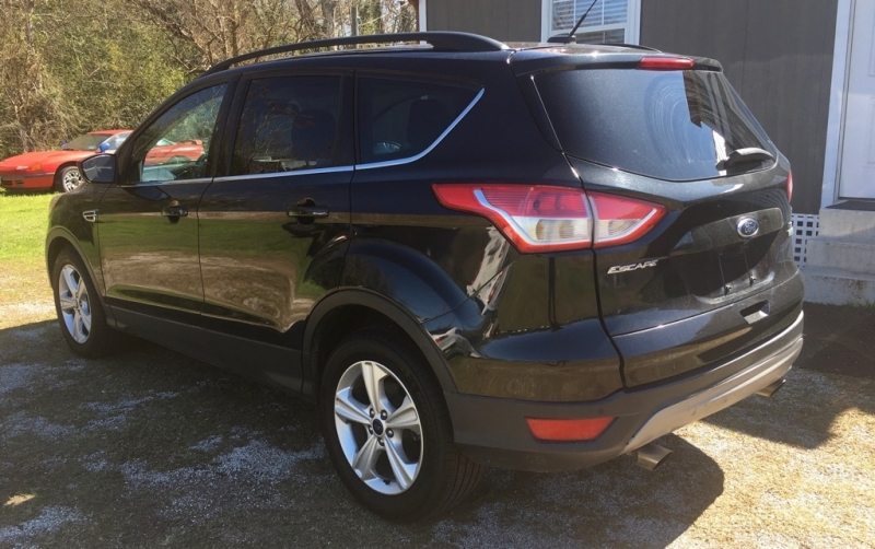 FORD ESCAPE 2015 price $9,999